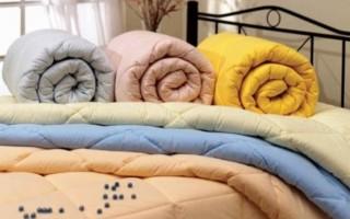 Стираем шерстяное одеяло в домашних условиях