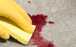 Как вывести пятна крови с одежды