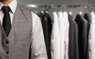 Как стирать пиджак — 4 способа освежить изделие