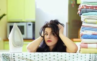 Нужно ли гладить постельное белье после стирки: доводы за и против