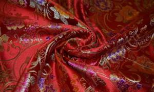 Искусственный шелк: свойства, состав, применение и уход