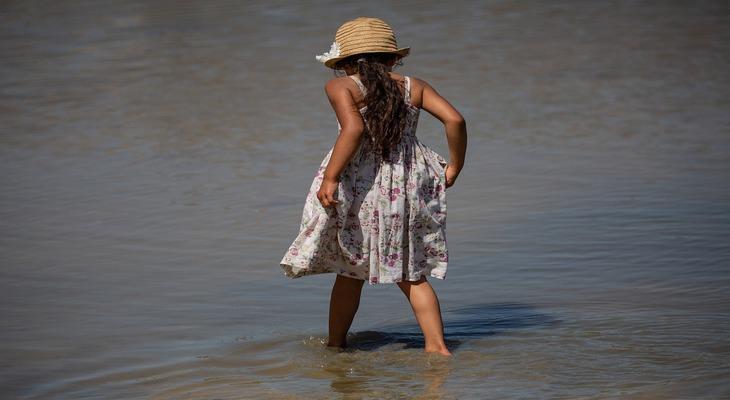 Детское платье из крепдешина