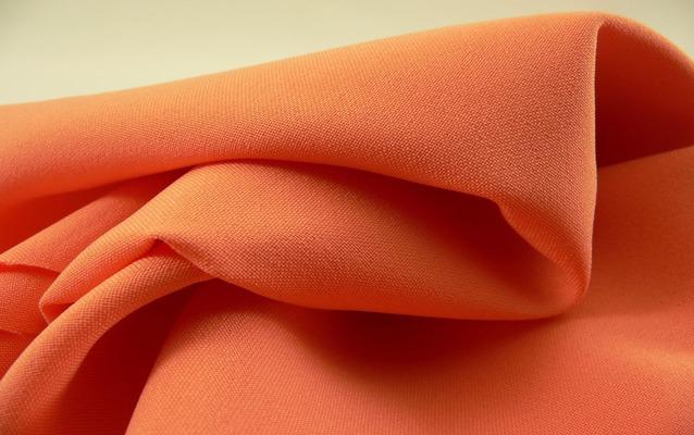 Габардин оранжевого цвета