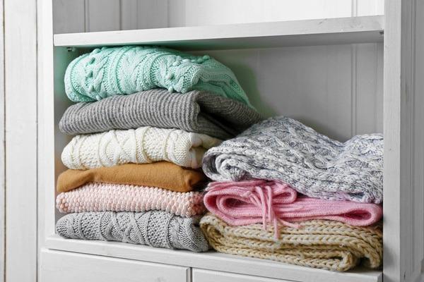Хранение шерстяных свитеров