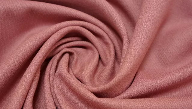 Ткань поливискоза грязно-розового цвета