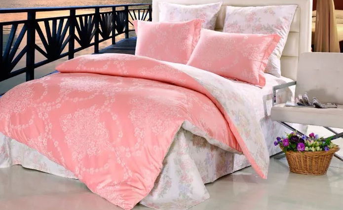 Постельное белье из ткани сатин