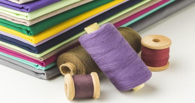 Нитки и ткани