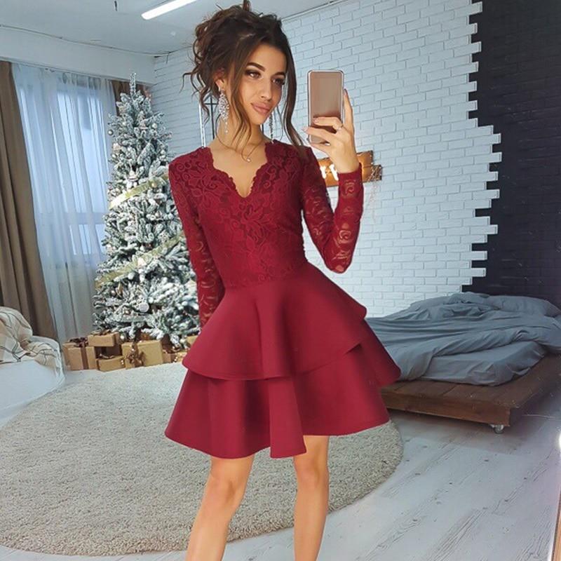 Платье из бордовой скубы