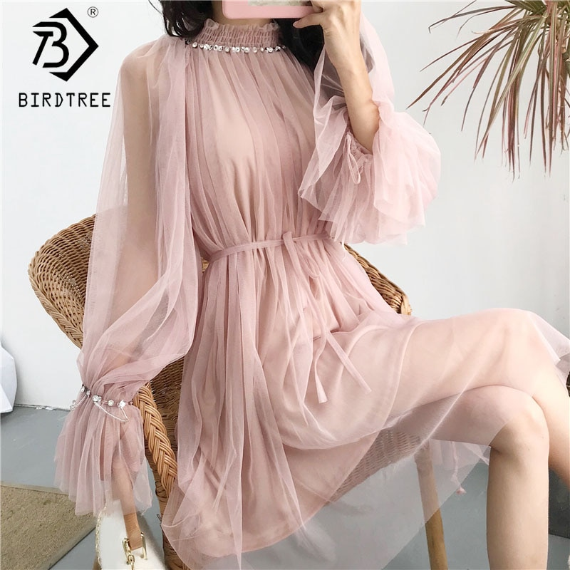 Платье из ткани маркизет