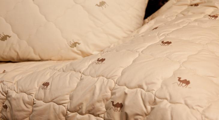 Одеяла из ткани поплекс