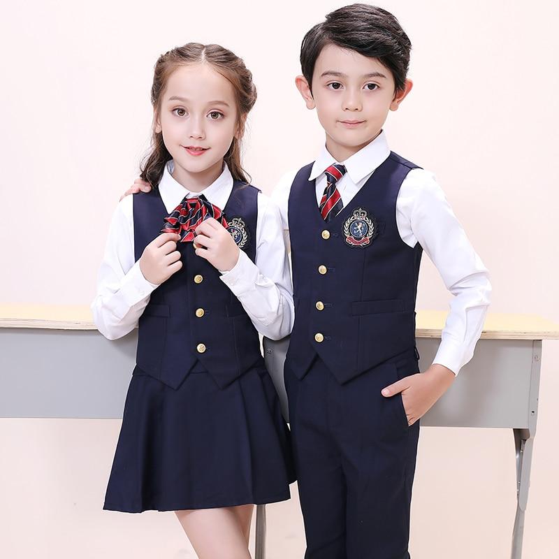 Школьный костюм из ткани тиар