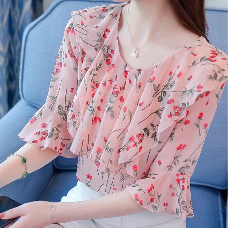 Блузка из ткани маркизет