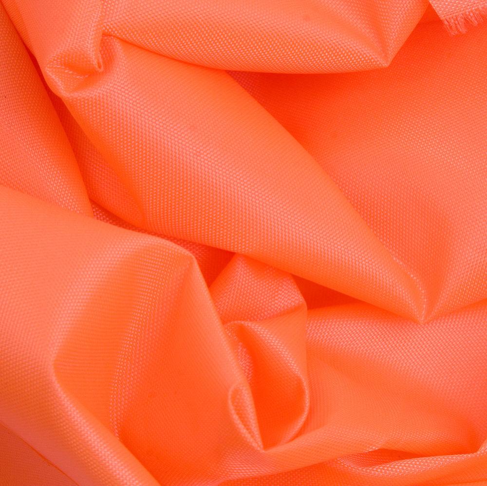 Яркая оранжевая ткань