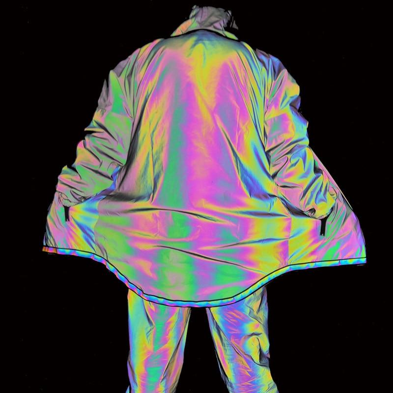 Светящийся спортивный костюм